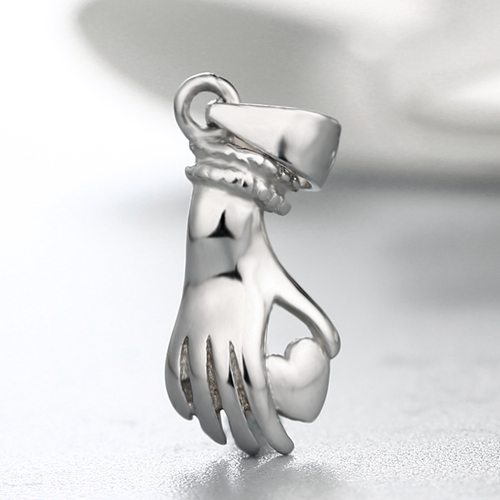 925 silver hand and heart pendant clasps