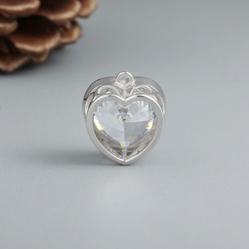925 sterling silver heart shaped cubic zirconia charm