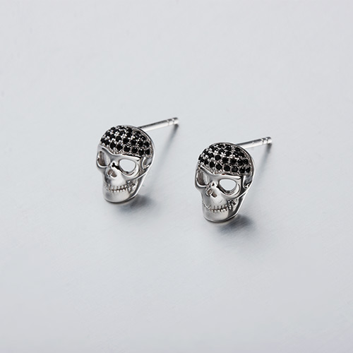 925 sterling silver cz skull stud earrings