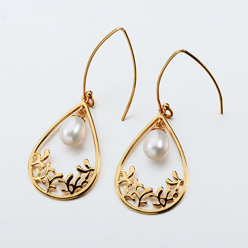 925 sterling silver pearl charming earrings