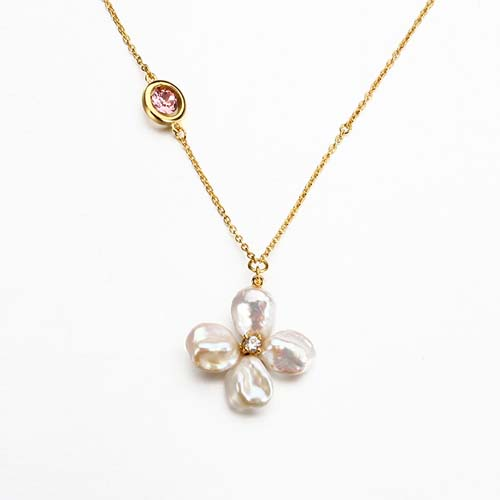 Sterling silver crysta baroque pearl clover necklace