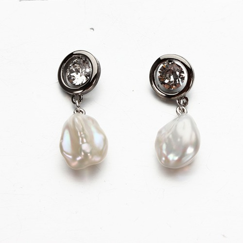 925 sterling silver cz baroque pearl earrings