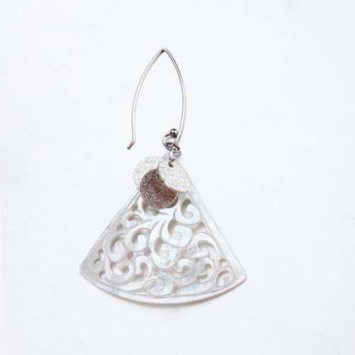 Sterling silver shell bohemian earrings