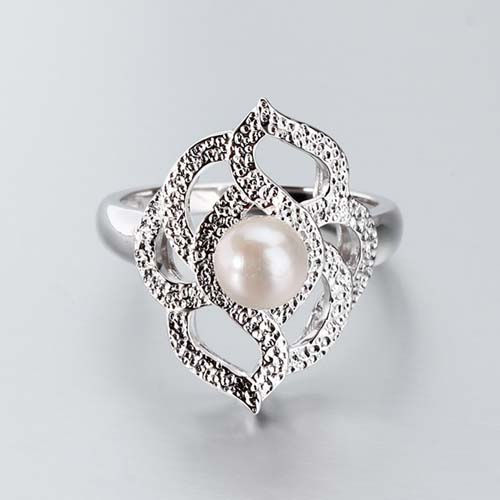 925 sterling silver fresh water pearl hammered ring